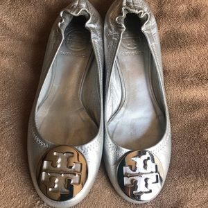 Tory Burch Reva Flats size 5. Excellent Condition